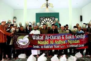 Wakaf Al-Qur'an dan Baksos 4
